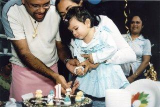 20040523-anya-birthday.jpg
